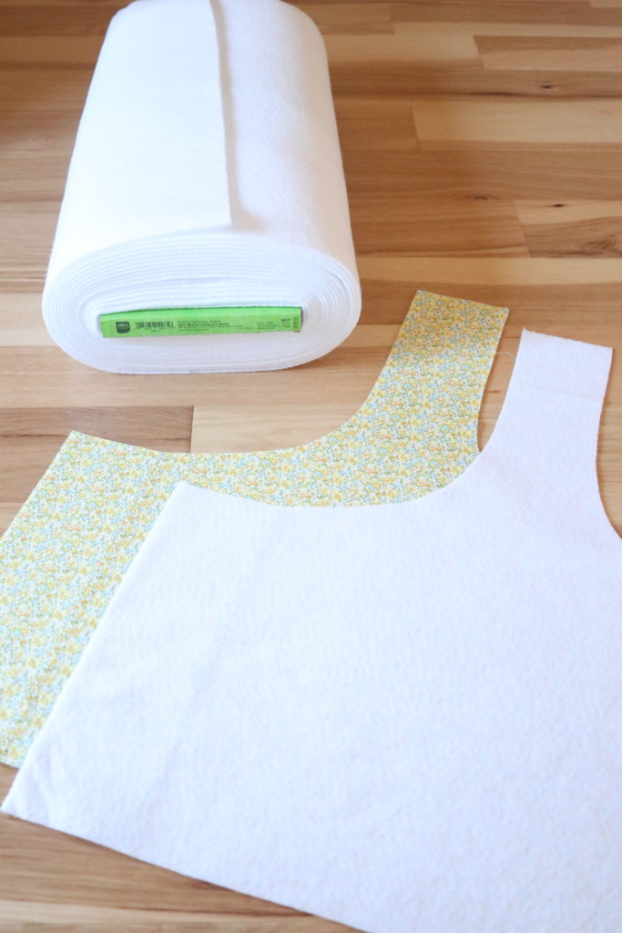 homemade on our homestead. How to sew a tote bag. Market basket tote. Easy sewing project. Free SUBSCRIBER sewing tote bag pattern